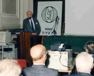 General lecture of IASS President,  Prof. S.J. Medwadowski.  In the front profs S.Kuś, Z.S.Makowski, S. Du Chateau